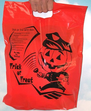 "H2018 Officer Friendly 12"" x 15"" Orange Halloween plastic bag with safety messages"